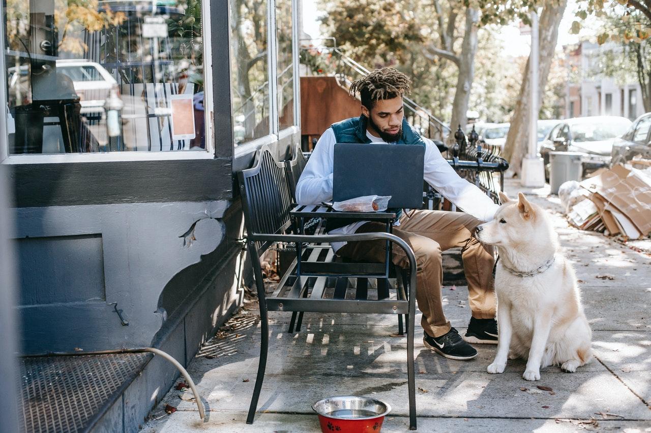 4 Vantagens Do Trabalho Autônomo (Foto de Zen Chung no Pexels)